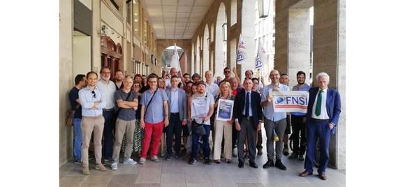 presidio giornalisti Parma 19 giugno 2018 ok
